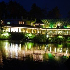 Restaurant Ansicht by Night